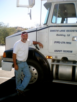 Truck Driver Dave of houseboats.com